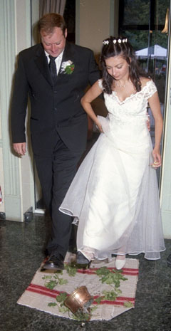 Българската сватба на Десислава и Джон