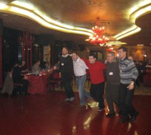 Танц под звуците на кабалистична музика – Марио Натан, Габи Висоцки, Александър Стойчев, Стефан и Нино Нинов...