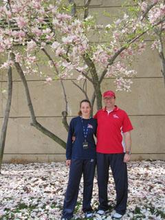 Баща и дъщеря, треньор и волейболистка