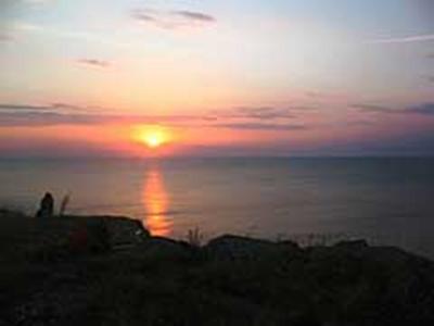 Бъгария - Изгревът на Камен бряг