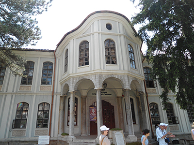 Конакът, построен от Кольо Фичето