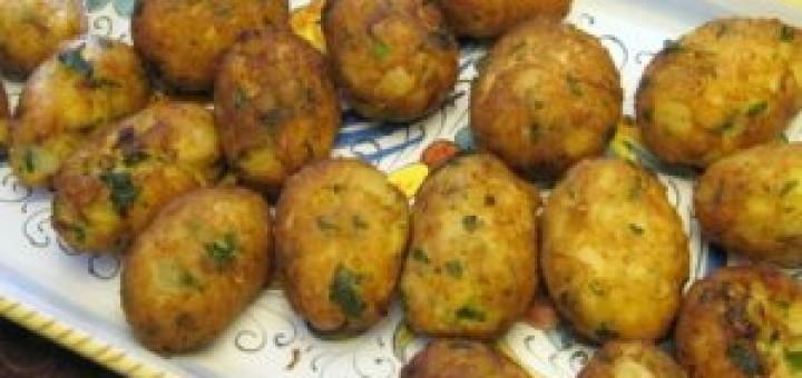 Картофени кюфтенца на фурна