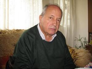 Проф. д-р Никола Чаракчиев